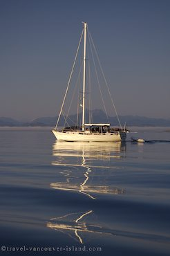 Photo: Johnstone Strait Sailing Vacation British Columbia